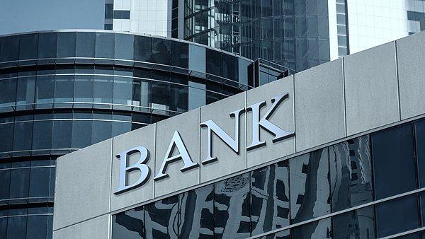 Banken, Versicherungen und Makler